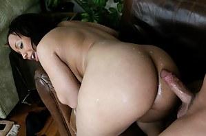 Cum on MILF Ass Porn Pictures